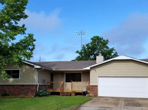 4 bed 3 bath Single Family at 1109 N Burrows St Belle Plaine, KS, 67013 is for sale at 140k - 1 of 36