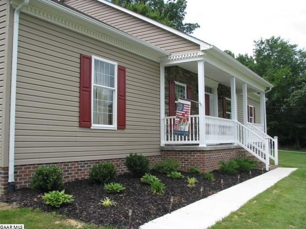 3 bed 3 bath Single Family at 98 Crimora Station Ln Crimora, VA, 24431 is for sale at 340k - 1 of 40