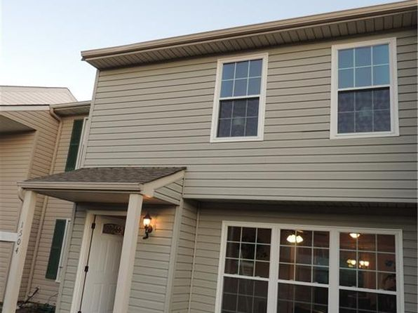 3 bed 2 bath Townhouse at 1504 Garland Way Virginia Beach, VA, 23453 is for sale at 158k - 1 of 17