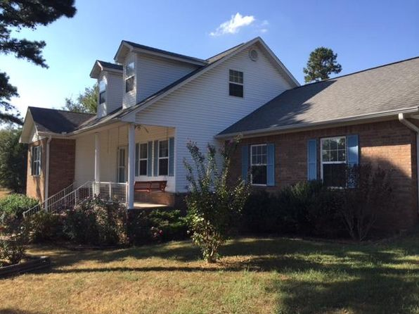 3 bed 3 bath Single Family at 1090 Shiloh Rd Russellville, AR, 72802 is for sale at 230k - 1 of 29