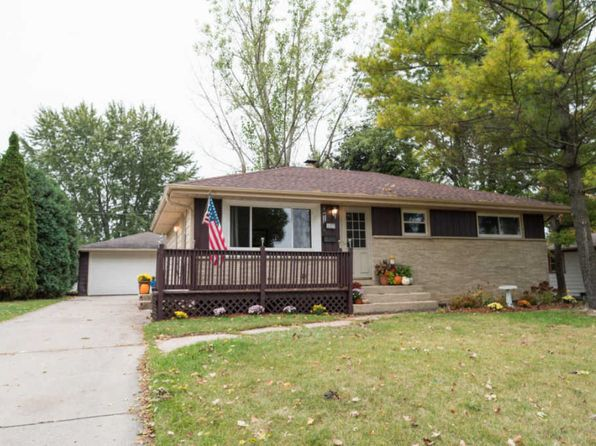 3 bed 2 bath Single Family at 1317 Columbia Ave South Milwaukee, WI, 53172 is for sale at 165k - 1 of 21