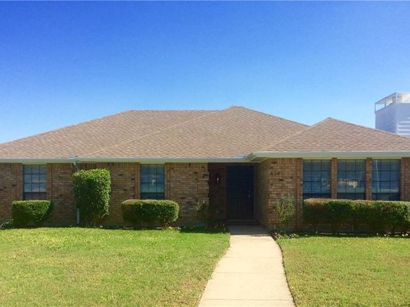 3 bed 2 bath Single Family at 414 Northwood Trl Cedar Hill, TX, 75104 is for sale at 245k - 1 of 13