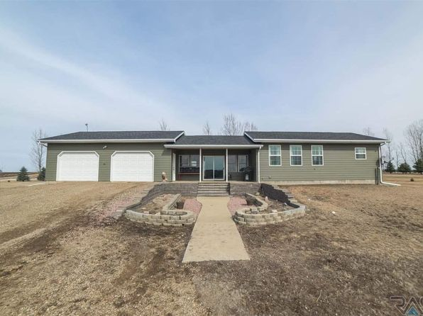 3 bed 2 bath Single Family at 23696 458th Ave Madison, SD, 57042 is for sale at 188k - 1 of 34