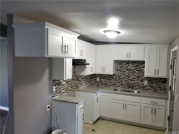 4 bed 1 bath Single Family at 18556 8TH ST BLOOMINGTON, CA, 92316 is for sale at 275k - 1 of 11