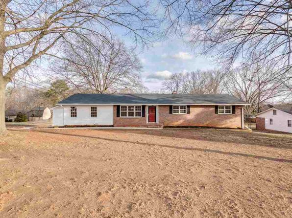 3 bed 2 bath Single Family at 301 Woodley Rd Spartanburg, SC, 29306 is for sale at 170k - 1 of 34