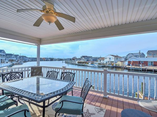 3 bed 2 bath Single Family at 201 Bayshore Dr Lavallette, NJ, 08735 is for sale at 649k - 1 of 30