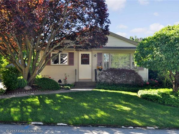 2 bed 1 bath Single Family at 7 Turcone St North Providence, RI, 02911 is for sale at 199k - 1 of 25
