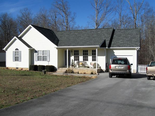 3 bed 2 bath Single Family at 83 GREENBRIAR DR TULLAHOMA, TN, 37388 is for sale at 136k - 1 of 30
