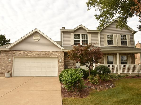 4 bed 4 bath Single Family at 11302 Brigitte Ter Orland Park, IL, 60467 is for sale at 379k - 1 of 21