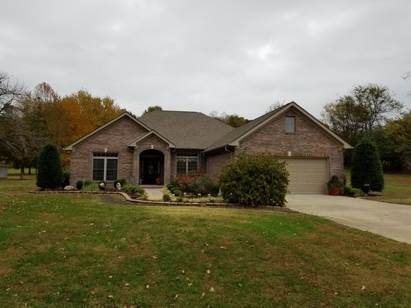 3 bed 2 bath Single Family at 4940 Benton Rd Paducah, KY, 42003 is for sale at 250k - 1 of 40