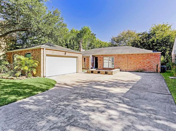 3 bed 2 bath Single Family at 1007 Forest Home Dr Houston, TX, 77077 is for sale at 250k - 1 of 17