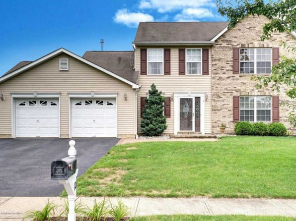 3 bed 3 bath Single Family at 10 Andrew St Howell, NJ, 07731 is for sale at 409k - 1 of 38