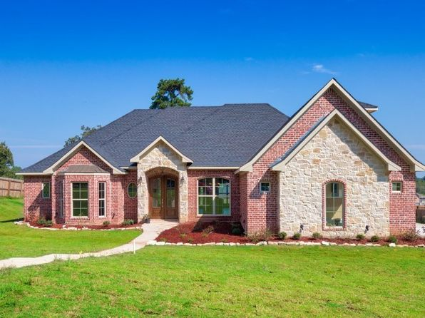 4 bed 4 bath Single Family at 475 Highland Pl Hallsville, TX, 75650 is for sale at 305k - 1 of 25