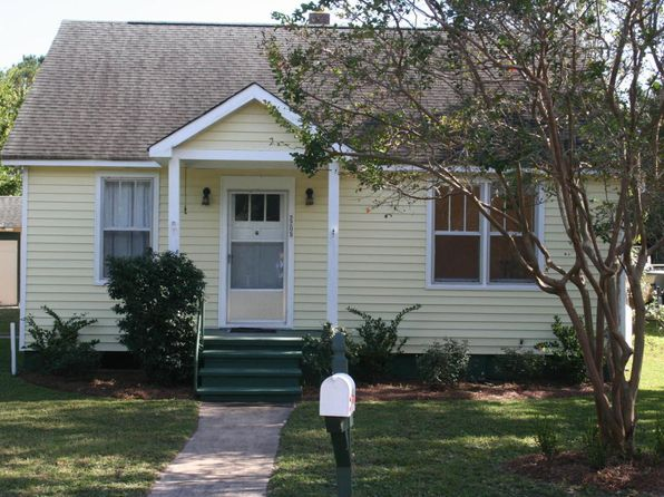 4 bed 2 bath Single Family at 2205 Myrtle Ave Sullivans Island, SC, 29482 is for sale at 825k - 1 of 17