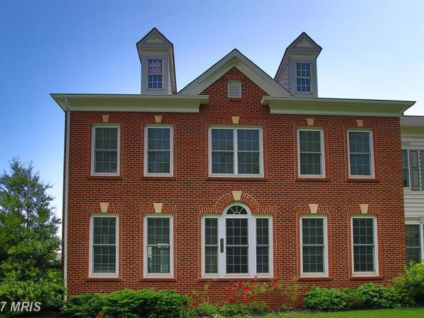 4 bed 3.5 bath Townhouse at 20749 Red Cedar Dr Leesburg, VA, 20175 is for sale at 535k - 1 of 28