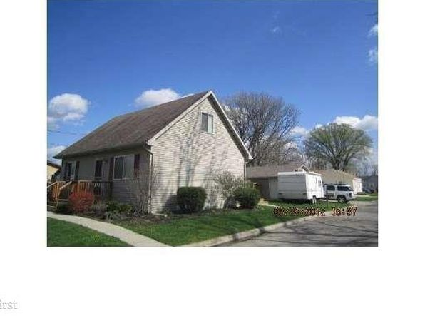 3 bed 2 bath Single Family at 242 Parkway St Lapeer, MI, 48446 is for sale at 129k - 1 of 19