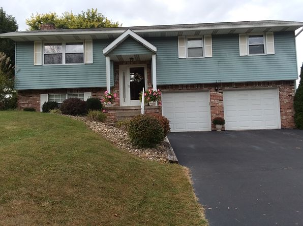 3 bed 2 bath Single Family at 219 Hague Ln Uniontown, PA, 15401 is for sale at 179k - 1 of 17
