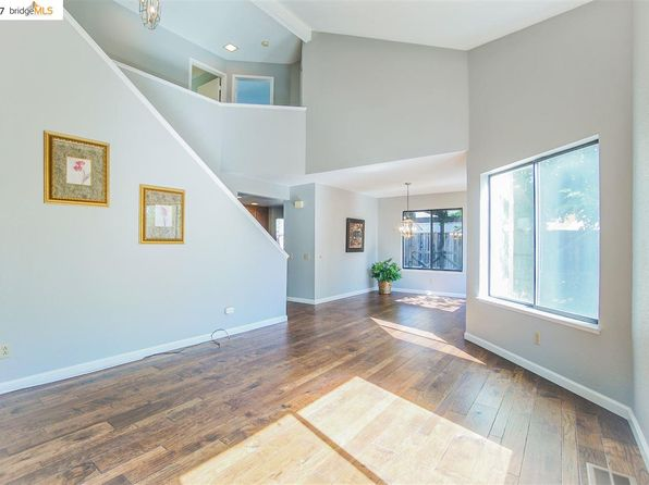 3 bed 3 bath Single Family at 945 Buckskin Ter Brentwood, CA, 94513 is for sale at 425k - 1 of 30