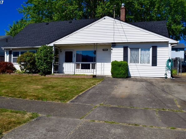 4 bed 2 bath Single Family at 81 SW Peach Ln Winston, OR, 97496 is for sale at 169k - 1 of 24