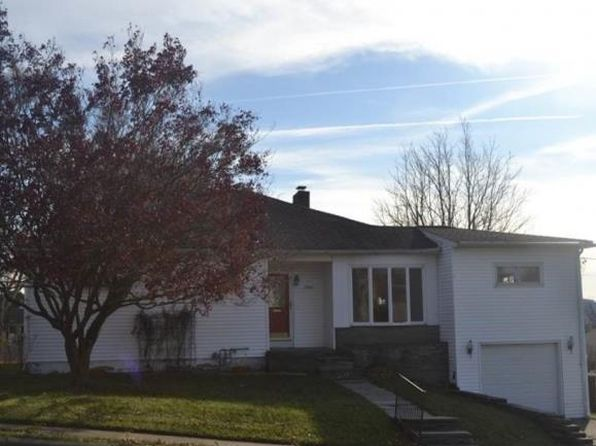 4 bed 2 bath Single Family at 1904 Pine St Endicott, NY, 13760 is for sale at 90k - 1 of 28
