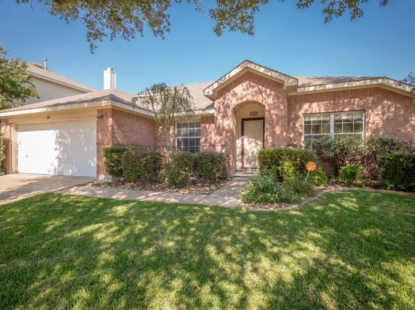 4 bed 2 bath Single Family at 304 E Clover Park Dr Fort Worth, TX, 76140 is for sale at 195k - 1 of 35