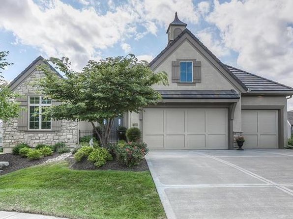4 bed 3 bath Townhouse at 15144 Buena Vista Dr Leawood, KS, 66224 is for sale at 645k - 1 of 25