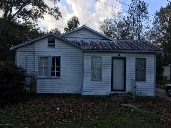 ville platte mature singles Excellent location 3 bedroom 2 ½ bath home sitting on 4 lots with mature landscaping and beautiful oaks.
