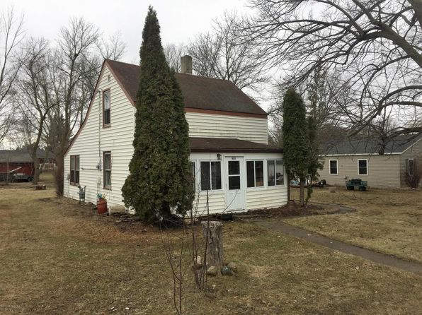 2 bed 1 bath Single Family at 401 W Holdt St Battle Lake, MN, 56515 is for sale at 19k - 1 of 9