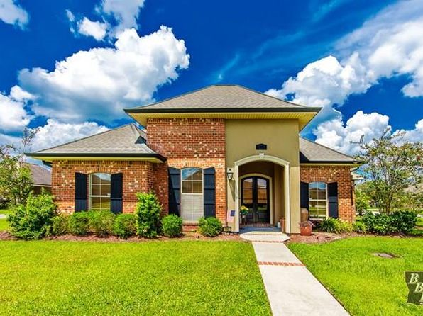 4 bed 3 bath Single Family at 100 Cinclare Dr Thibodaux, LA, 70301 is for sale at 355k - 1 of 13