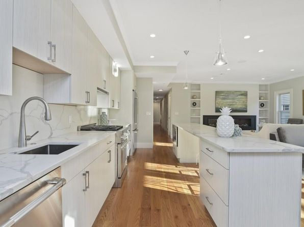 2 bed 2 bath Condo at 827 E 2nd St Boston, MA, 02127 is for sale at 999k - 1 of 12
