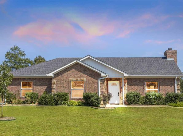 3 bed 2 bath Single Family at 187 Emma Diana, TX, 75640 is for sale at 190k - 1 of 25