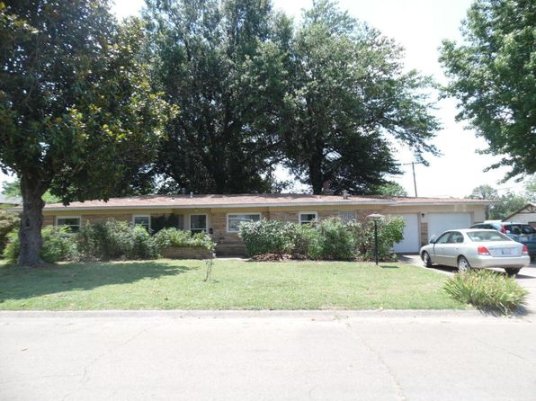 3 bed 2 bath Single Family at 1101 E 6th St Cushing, OK, 74023 is for sale at 90k - 1 of 25