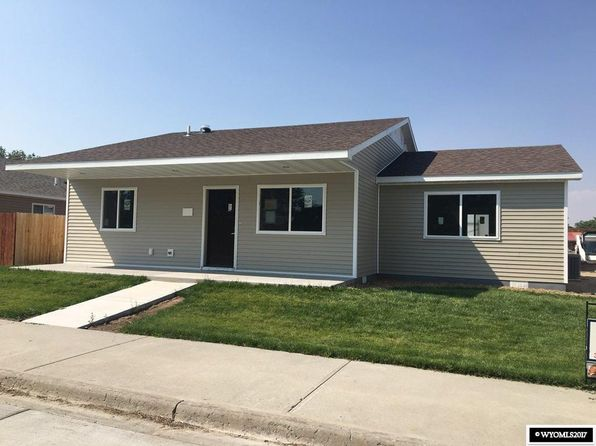 3 bed 2 bath Single Family at 1206 E Park Riverton, WY, 82501 is for sale at 200k - google static map