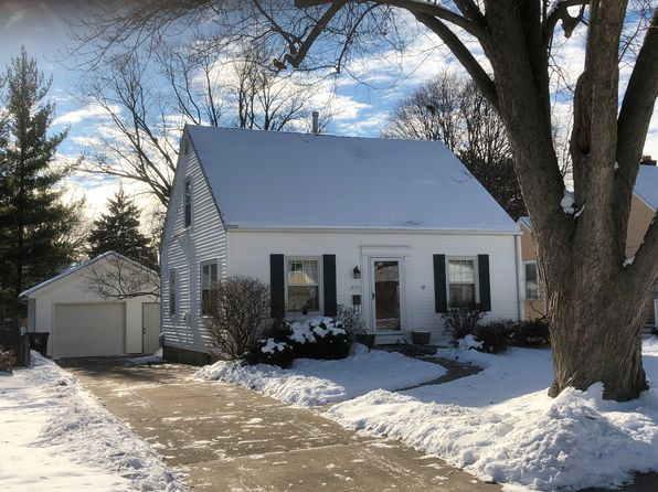 3 bed 2 bath Single Family at 800 W Ridge Rd Peoria, IL, 61614 is for sale at 130k - 1 of 29