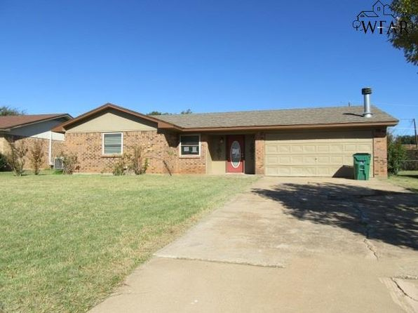 4 bed 2 bath Single Family at 708 W Clara Ave Iowa Park, TX, 76367 is for sale at 78k - 1 of 13