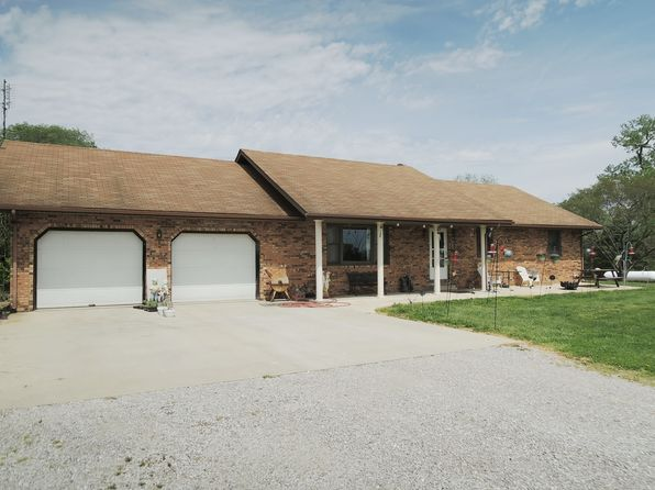 4 bed 3 bath Single Family at 1633 Ayers Rd Greenville, IL, 62246 is for sale at 239k - google static map