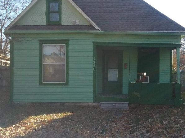3 bed 1 bath Single Family at 1250 SW Washburn Ave Topeka, KS, 66604 is for sale at 15k - google static map