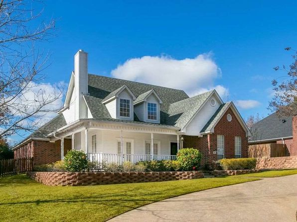 5 bed 3 bath Single Family at 3801 HOLLY RIDGE DR LONGVIEW, TX, 75605 is for sale at 269k - 1 of 18