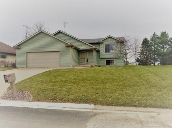4 bed 2 bath Single Family at 530 5th St E Wanamingo, MN, 55983 is for sale at 210k - 1 of 23