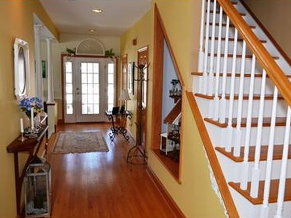 4 bed 5 bath Single Family at 105 Guinea Hollow Rd Califon, NJ, 07830 is for sale at 615k - 1 of 27