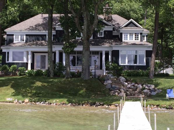 5 bed 6 bath Single Family at 1758 N Shore Dr Walloon Lake, MI, 49796 is for sale at 2.65m - 1 of 25