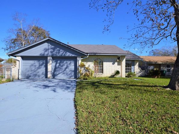 3 bed 2 bath Single Family at 12527 Ravena Ct Houston, TX, 77089 is for sale at 102k - 1 of 17