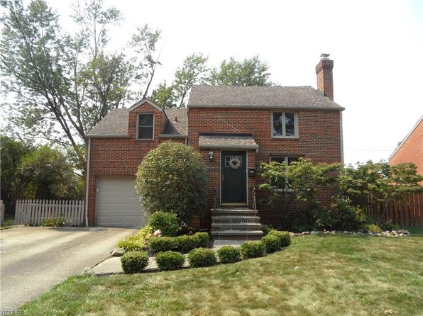 3 bed 2 bath Single Family at 7300 Craigmere Dr Cleveland, OH, 44130 is for sale at 143k - 1 of 32