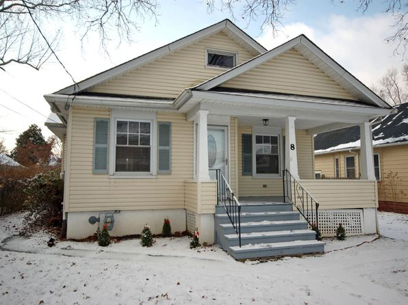 3 bed 1 bath Single Family at 8 Ellis St Freehold, NJ, 07728 is for sale at 275k - 1 of 24