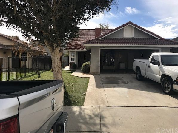 3 bed 2 bath Single Family at 25097 WENDY WAY MORENO VALLEY, CA, 92551 is for sale at 285k - 1 of 19
