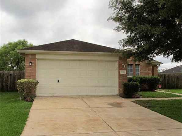 3 bed 2 bath Single Family at 2211 Beacon Light Ln Fresno, TX, 77545 is for sale at 169k - 1 of 9