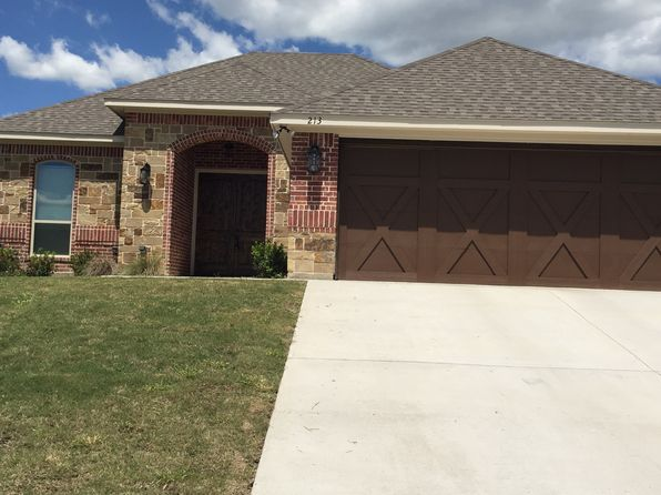 3 bed 2 bath Single Family at 213 Water Oak Ln Weatherford, TX, 76086 is for sale at 230k - 1 of 17