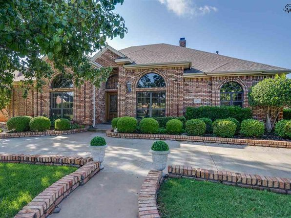 3 bed 3 bath Single Family at 4629 Willow Bend Dr Wichita Falls, TX, 76310 is for sale at 399k - 1 of 30
