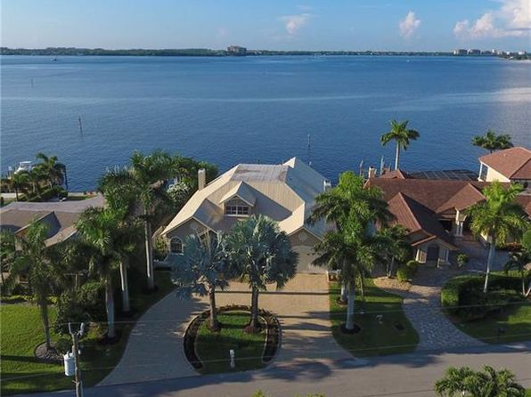 4 bed 3 bath Single Family at 1638 Edith Esplanade Cape Coral, FL, 33904 is for sale at 1.22m - 1 of 25