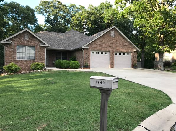 4 bed 3 bath Single Family at 1349 Hampshire Cir Mountain Home, AR, 72653 is for sale at 192k - 1 of 15